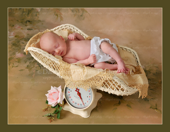 Beautiful Newborn Portraits - Warrenton Virginia