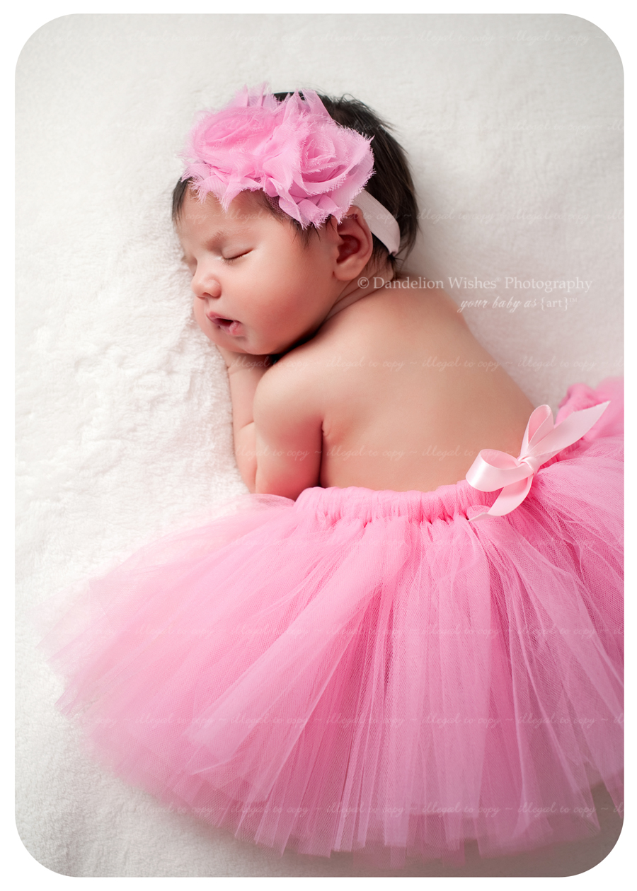 Best photographer specializing in brand new newborn photography...close to close to McLean, VA 22101, 22102.