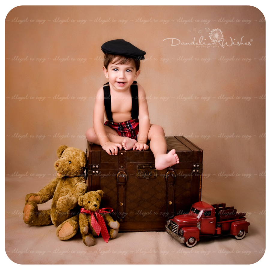 Best baby portraits in Northern Va, close to Herndon, Virginia.