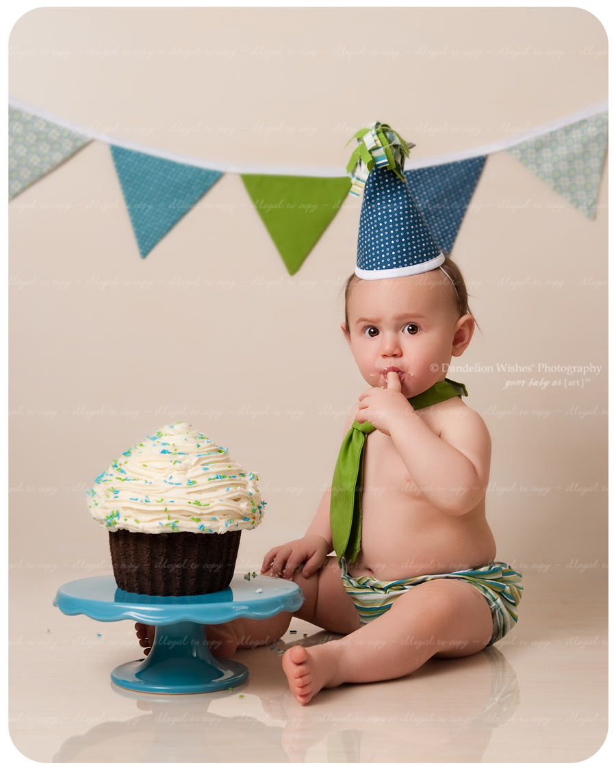 Creative 1st Birthday Cake Smash Photography Studio Sessions near Quantico, VA 22134.